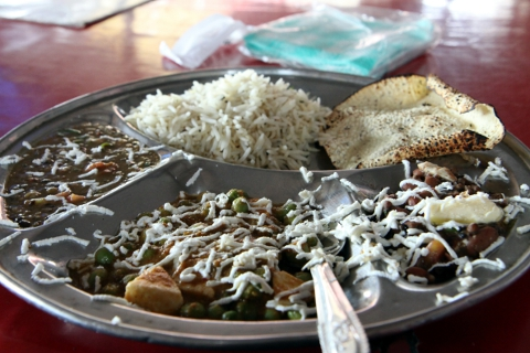 Stop for a quick bit at roadside dhaba on the way back to Delhi