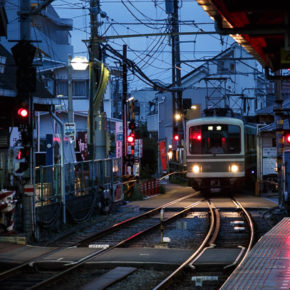 Hanayamata and the Enoshima Electric Railway